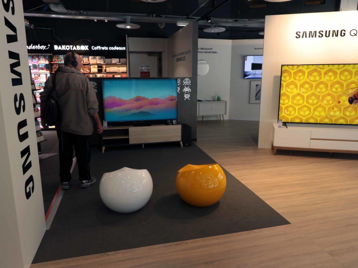 Retailink Fnac Darty pop up store Samsung QLED Intérieur